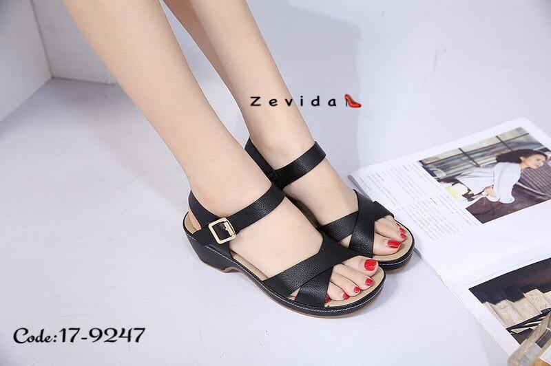 พร้อมส่ง รองเท้าแตะรัดส้น สไตล์เกาหลี 17-9247B4-BLK [สีดำ]