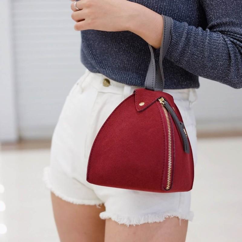กระเป๋าสะพายแฟชั่น กระเป๋าสะพายข้างผู้หญิง หนังกลับทรงฟักทอง มินิ น่ารัก [สีแดง ]