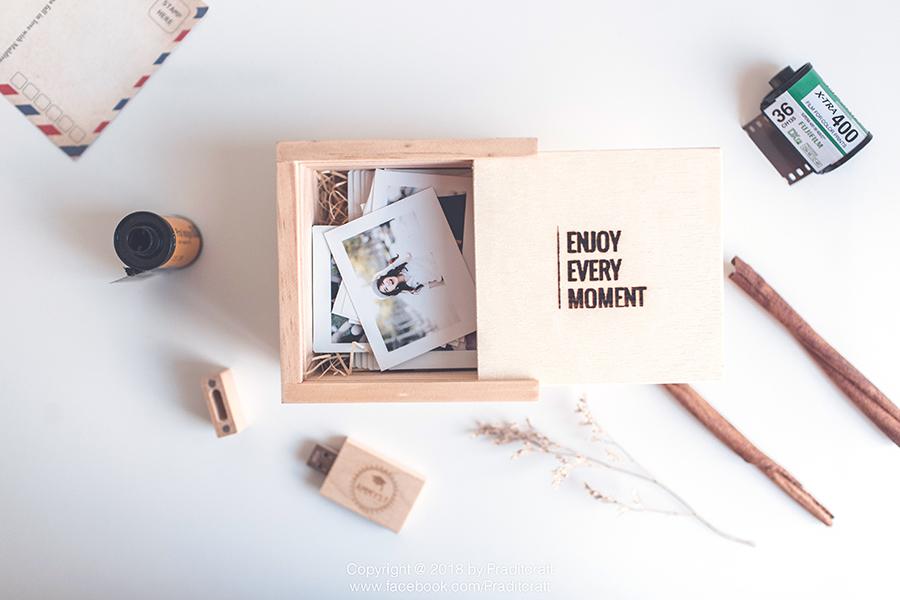 กล่องไม้เล็ก#2 +USB+พร้อมสลักข้อความ