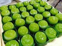 ขนมชั้นกุหลาบ (Pendant layered pudding)