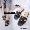 พร้อมส่ง รองเท้าแตะผู้หญิงสีดำ แบบสวม สายหนังเจาะ แฟชั่นเกาหลี [สีดำ ]
