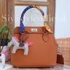 กระเป๋าสะพายแฟชั่น กระเป๋าสะพายข้างผู้หญิง The BOX [สีส้ม]
