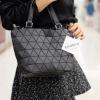 กระเป๋าสะพายแฟชั่น กระเป๋าสะพายข้างผู้หญิง Barel mini Logo [สีดำ]