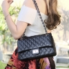กระเป๋าสะพายแฟชั่น กระเป๋าสะพายข้างผู้หญิง สไตล์โมเดิร์น Classic Cavier [สีดำ ]