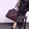 กระเป๋าสะพายแฟชั่น กระเป๋าสะพายข้างผู้หญิง หนังพียูเกรดเอ ใบใหญ่ [สีเลือดหมู ]