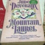 mountain laurel jude deveraux ราคา 50