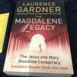 the magdalene legacy laurence gardner ราคา 300