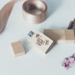 USBไม้+ข้อความ(SecretStory)+กล่องกระดาษ