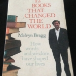 12 Books That Changed the World by Melvyn Bragg ราคา 100