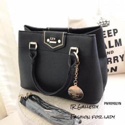 กระเป๋าถือ กระเป๋าสะพายข้างผู้หญิง งานชนช็อปวัสดุหนังพียูคุณภาพพรีเมี่ยม Lyn Kensington s [สีดำ ]
