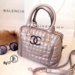 กระเป๋าถือผู้หญิง กระเป๋าสะพายข้างผู้หญิง หนังนิ่มงานพรีเมี่ยมเดินด้ายลายตาราง Style Chanel งานTop Mirror [สีเทา ]