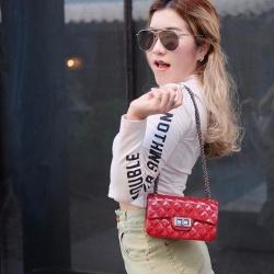 กระเป๋าสะพายแฟชั่น กระเป๋าสะพายข้างผู้หญิง งานสิลิโคนนิ่ม สายโซ่ Mini-Toy [สีแดง ]