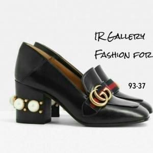 พร้อมส่ง รองเท้าคัทชูผู้หญิงสีดำ ส้นตันแต่งมุก สไตล์Gucci แฟชั่นเกาหลี [สีดำ ]