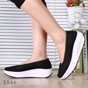 พร้อมส่ง รองเท้าผ้าใบเสริมส้นสีดำ ผ้าลูกไม้ พื้นสุขภาพ แฟชั่นเกาหลี [สีดำ ]