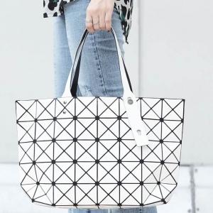 กระเป๋าสะพายแฟชั่น กระเป๋าสะพายข้างผู้หญิง Bao Bao 7*8 NoLogo [สีขาว]