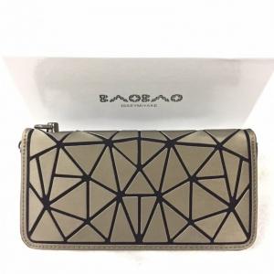 กระเป๋าครัช กระเป๋าถือ กระเป๋าสตางค์ baobao logo แบบซิป [สีทอง]