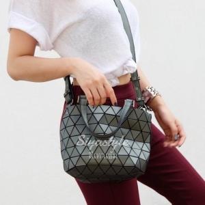 กระเป๋าสะพายแฟชั่น กระเป๋าสะพายข้างผู้หญิง Barel mini Logo [สีเทาเข้ม]