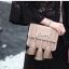 กระเป๋าสะพายแฟชั่น กระเป๋าสะพายข้างผู้หญิง พู่ H [สีชมพู] thumbnail 1