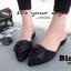 พร้อมส่ง รองเท้าส้นเตี้ยเปิดส้นสีดำ หัวแหลม แต่งกุหลาบ แฟชั่นเกาหลี [สีดำ ] thumbnail 1