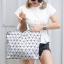 กระเป๋าสะพายแฟชั่น กระเป๋าสะพายข้างผู้หญิง Bao Bao Baral Logo เนื้อด้าน [สีเงิน ]