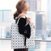 กระเป๋าสะพายแฟชั่น กระเปาสะพายข้างผู้หญิง ISSEY MIYAKE BAO BAO 16นิ้ว [สีขาว ]