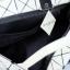 กระเป๋าสะพายแฟชั่น กระเปาสะพายข้างผู้หญิง ISSEY MIYAKE BAO BAO 7*8 Logo [สีขาว ] thumbnail 3