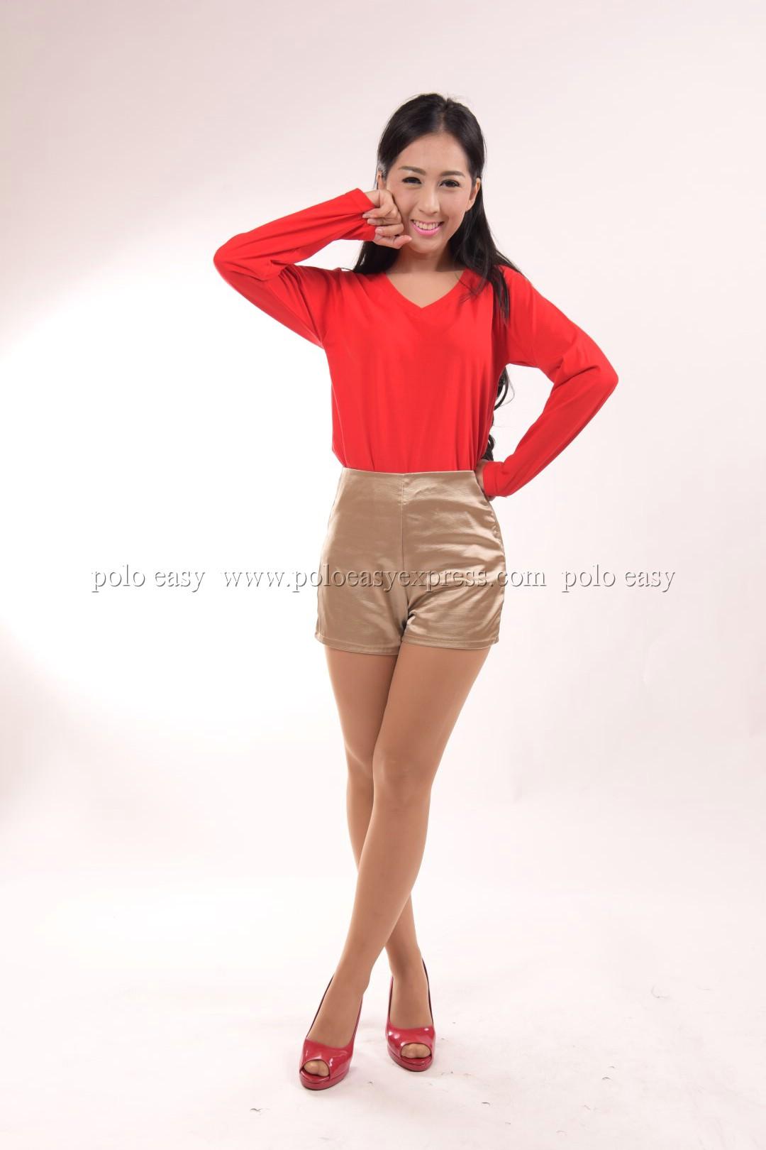 เสื้อยืด สีแดง คอวี แขนยาว Size 4XL