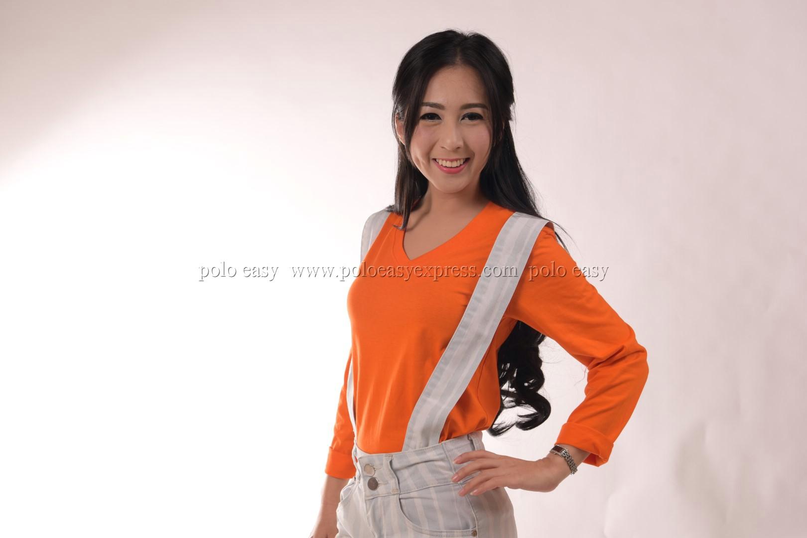 เสื้อยืด สีส้ม คอวี แขนยาว Size 2XL