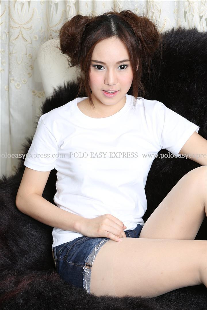 L เสื้อยืด สีขาว คอกลม แขนสั้น Size L