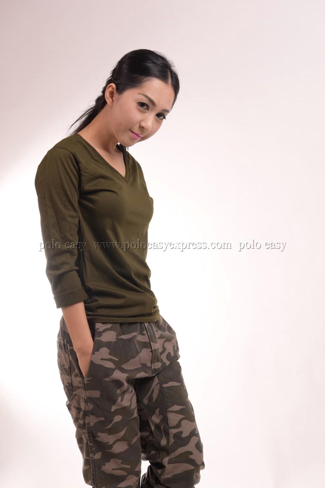 เสื้อยืด สีเขียวขี้ม้า คอวี แขนยาว Size M สำเนา