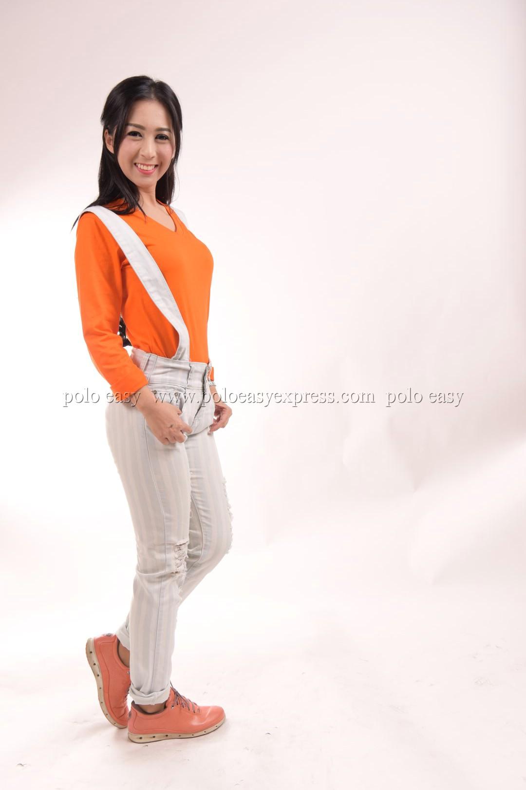 เสื้อยืด สีส้ม คอวี แขนยาว Size 4XL