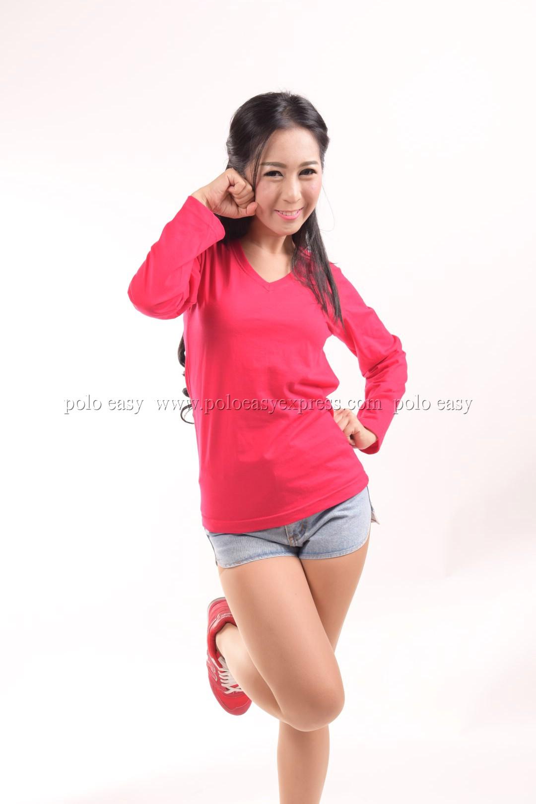 เสื้อยืด สีชมพูบานเย็น คอวี แขนยาว Size L สำเนา