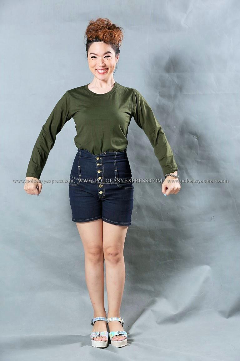เสื้อยืด สีเขียวขี้ม้า คอกลม แขนยาว Size M สำเนา