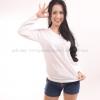 เสื้อยืด สีขาว คอวี แขนยาว Size M